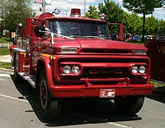 Chevrolet C/K - Wikipedia on gmc 4x4 trucks, gmc basic trucks, gmc touring trucks, gmc prerunner trucks, gmc luxury trucks, gmc sle trucks, gmc ford trucks, gmc hybrid trucks, gmc v10 trucks, gmc v16 trucks, gmc diesel trucks,