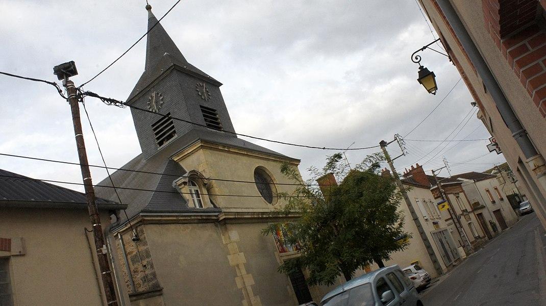 Église et la Poste de Verzenay.