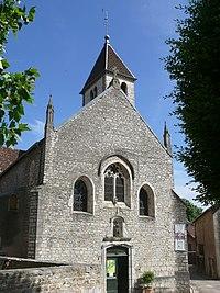 Église Saint-Symphorien de Marnay facade.jpg
