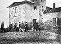 Żółta karczma - właściciele i psy 1930.jpg