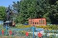 Братська могила радянських воїнів та пам'ятник воїнам-землякам у селі Дзеркалька 59-241-0039.jpg