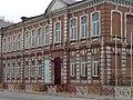 Здание средней школы № 1 (историческая его часть) г. Махачкала.jpg