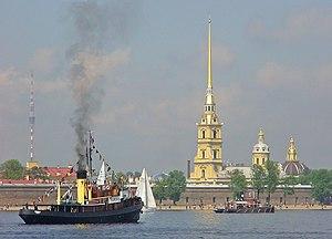 Петропавловская крепость с Невы.jpg