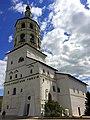 Трапезная и колокольня в Боровском-Пафнутьевом монастыре.jpg