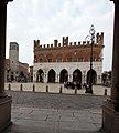 001893 palazzo gotico piazza cavalli.JPG