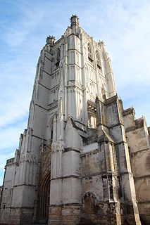 cathedral located in Pas-de-Calais, in France