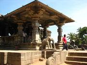 1000 pillar temple warangal