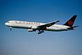 103ay - Air Canada Boeing 767-333ER; C-FMWQ@ZRH;11.08.2000 (4815927450).jpg
