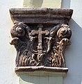 112 Sant Joan (Montgat), capitell del portal.JPG