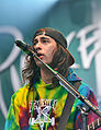 13-06-08 RaR Pierce the Veil Vic Fuentes 02.jpg