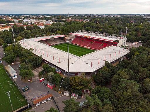 19-08-17-Stadion-an-der-alten-Foersterei-DJI 0275