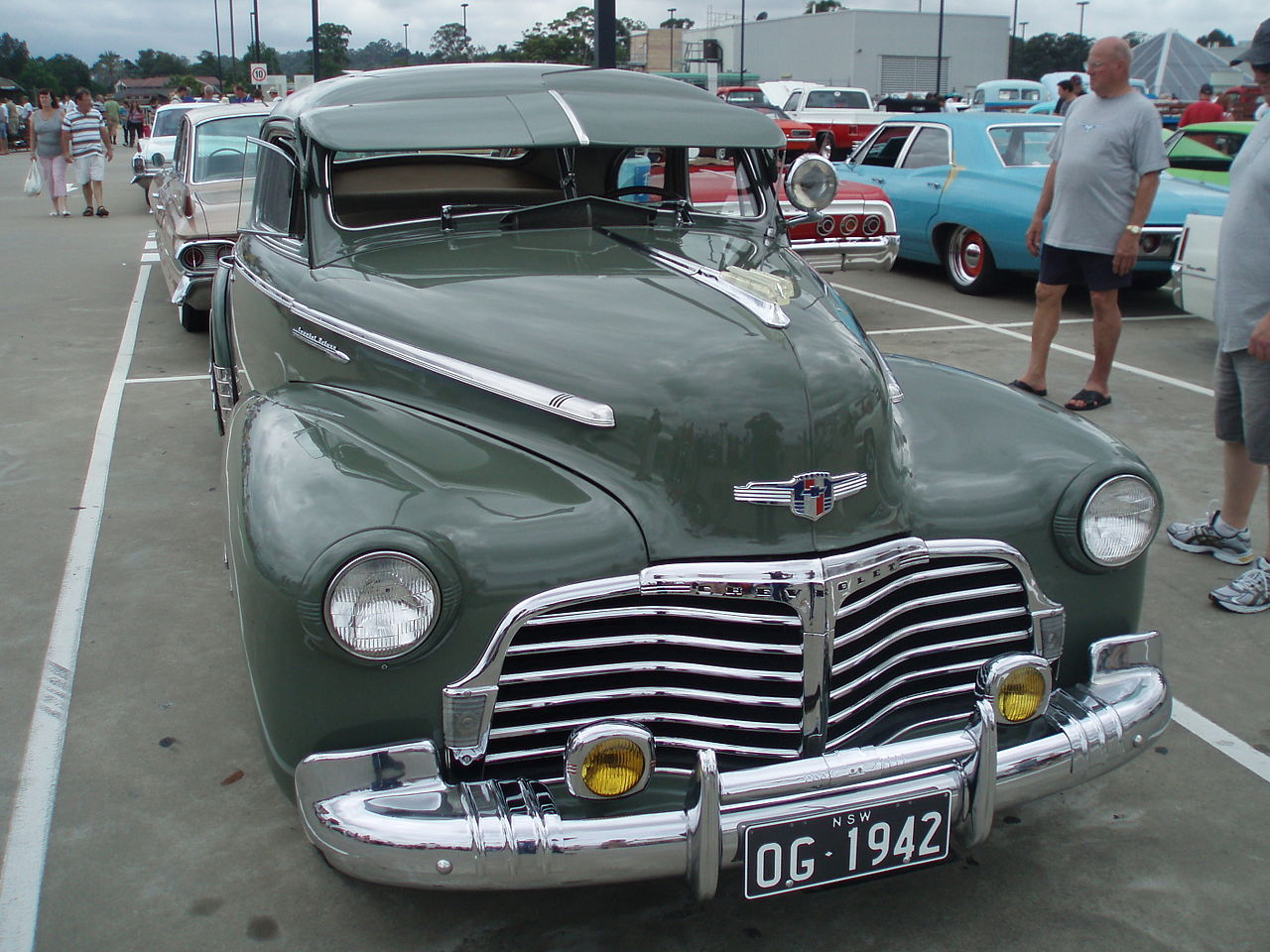 All Chevy » 1942 Chevrolet Fleetline - Old Chevy Photos