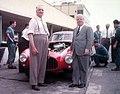 1952 Enzo Ferrari e Battista Farina e Ferrari 250 MM.jpg