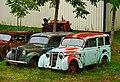 1955-1957 Renault Juvaquatre van and break, Saint-Cirq-Madelon, Lot, France (8481279919).jpg