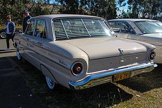 Ford Falcon (XL) - Image: 1962 Ford XL Falcon Deluxe sedan (36539909581)
