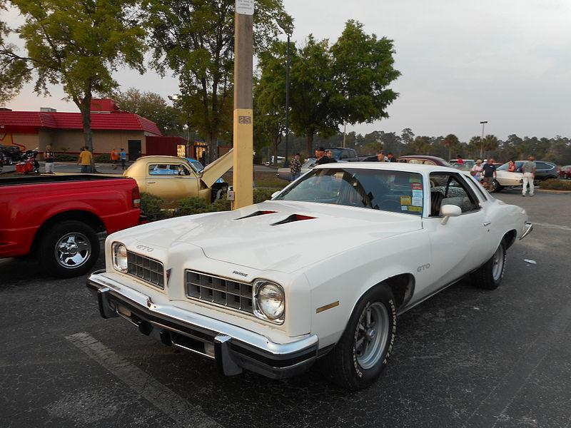 File:1973 White Pontiac GTO; Left Front.JPG