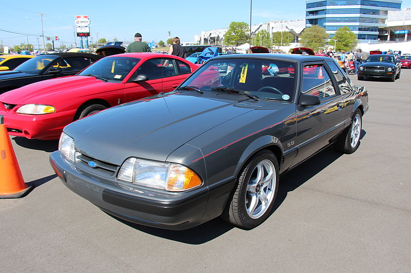 File:1989 Ford Mustang LX Coupe (14402804664).jpg