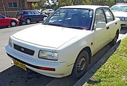 1992–1997 Daihatsu Applause (A101) Xi liftback (Australie)