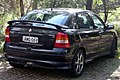 2001-2004 Holden Astra (TS) CD 5-door hatchback (2008-09-17).jpg
