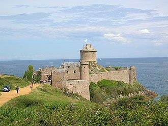 Côtes-d'Armor - Image: 200707 Fort La Latte 03