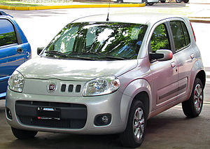 2011 Fiat Uno 1.4 Attractive.jpg