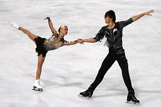 Tatiana Volosozhar - Volosozhar and Trankov at the 2011 Trophée Bompard