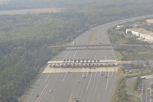Virginia State Route 267 - Aerial photo of the Dulles Greenway toll plaza