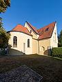 20150829 Braunau am Inn, Kath. Pfarrkirche Maria Königin des Friedens und Pfarrzentrum 1542.jpg