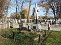 32-110-0142 Братська могила воїнів Радянської Армії, які померли від ран у шпиталі у вересні — жовтні 1943 року.jpg