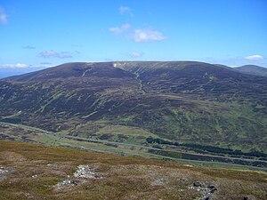 A' Bhuidheanach Bheag - A' Bhuidheanach Bheag seen across the Pass of Drumochter from The Sow of Atholl.