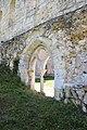 Abbaye de Mortemer 014.jpg