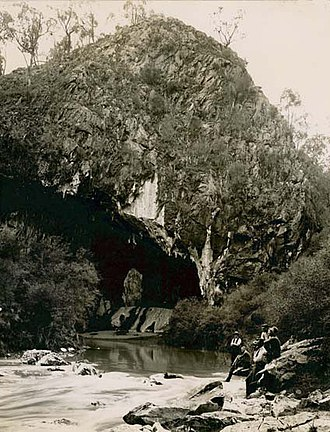 Abercrombie Caves - Image: Abercrombie Caves (3294433460)
