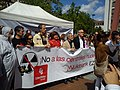 Acto de Ezker Batua contra las centrales nucleares (8 de mayo de 2011, Vitoria).jpg