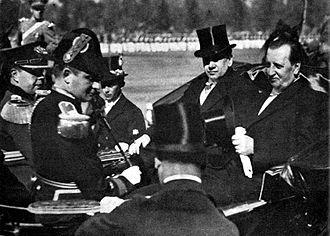 Emilio Bello Codesido - President Arturo Alessandri and Emilio Bello (1925)