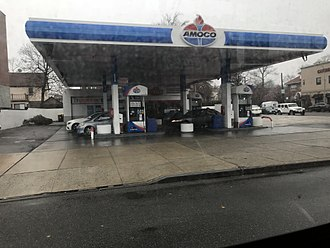Amoco - A new Amoco station (previously a Gulf and before that, Exxon) in Bayside, New York