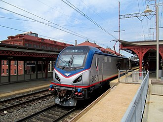 Wilmington station (Delaware) - A northbound Amtrak Northeast Regional train stops at Wilmington station