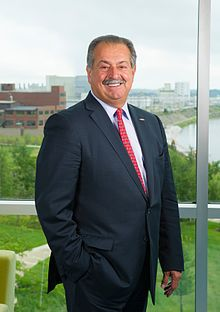 Andrew Liveris 2015-2 medium cropped.jpg