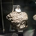 Apollo 12 moon rock - Cleveland Museum of Natural History (33938064153).jpg
