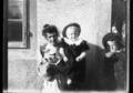 ArCJ - 1 femme, 2 enfants - 137 J 3013 a.tif