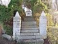 Auvelais Cimetiere Francais escalier Belgium 20070101 (03) Didier Misson.JPG