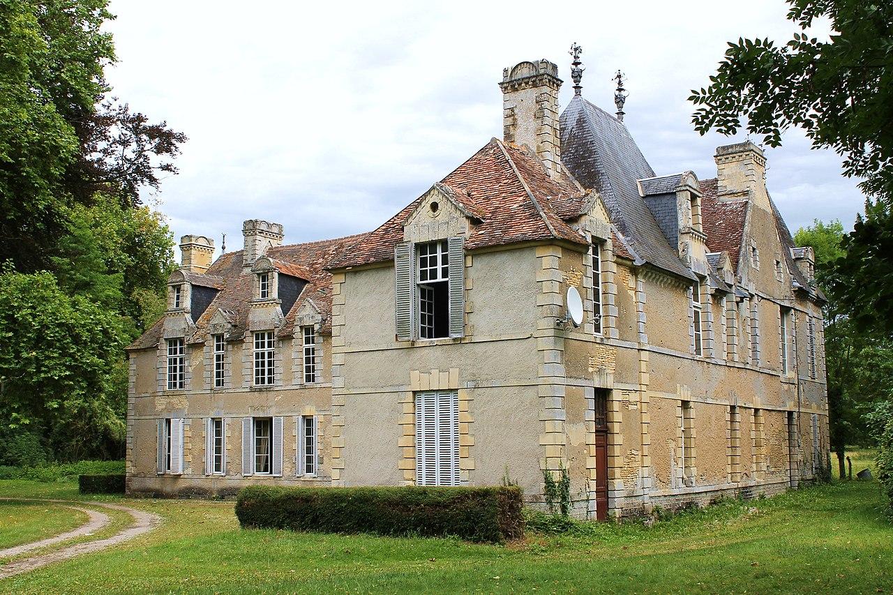 Béneauville château.jpg