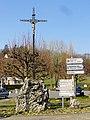 Béthisy-Saint-Pierre (60), calvaire au carrefour rue du Dr Chopinet - rue Henri-Barbusse.jpg