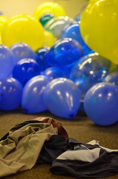 File:Balloon Room (6780374097).jpg