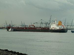 Baltic Ambassador - IMO 9290505 , Port of Rotterdam, Holland 19-Nov-2005.jpg