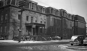 Bank of Upper Canada Building - Image: Bank upper canada block 1952