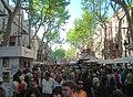 Barcelona, la Rambla per Sant Jordi - panoramio.jpg
