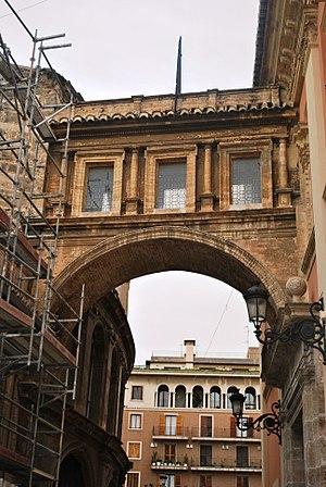 Virgen de los desamparados - Renaissance arch to the Basilica de la Virgen de los Desamparados
