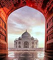 Beautiful Taj Mahal.jpg