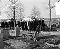 Begrafenis beeldhouwer J Raedecker te Blaricum, Bestanddeelnr 907-5438.jpg