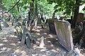 Beit Kevaroth Jewish cemetery Prague Josefov IMG 2777.JPG